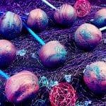 marmorierte Erdbeer-Stracciatella-Cake-Pops Rezept