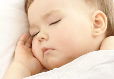 Wen interessiert eigentlich, ob mein Kind durchschläft?