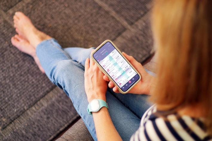 Das Ava-Armband ist ein empfehlenswerter Zyklustracker für den Kinderwunsch.